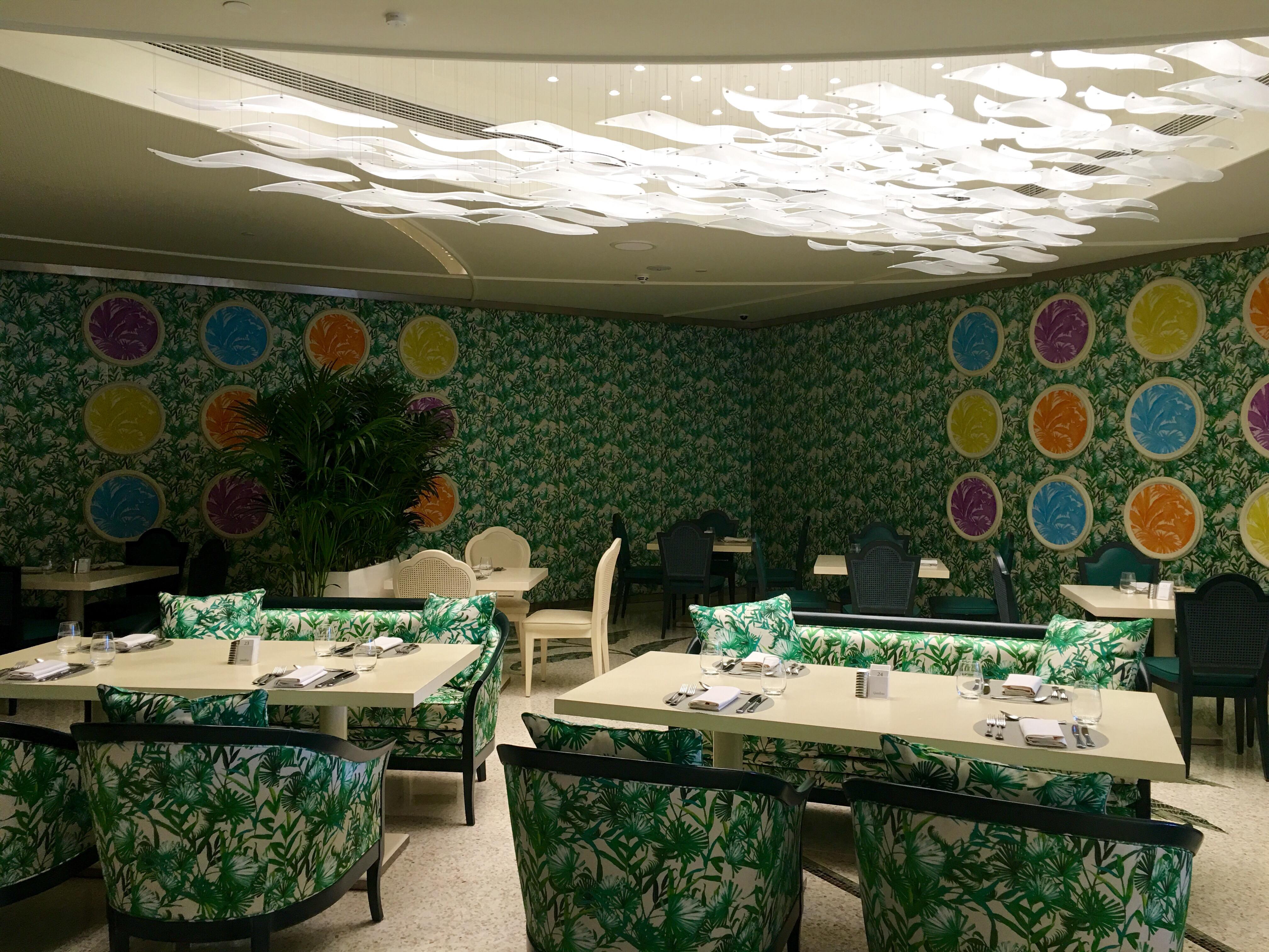 Friday Brunch At Giardino Palazzo Versace Dubai