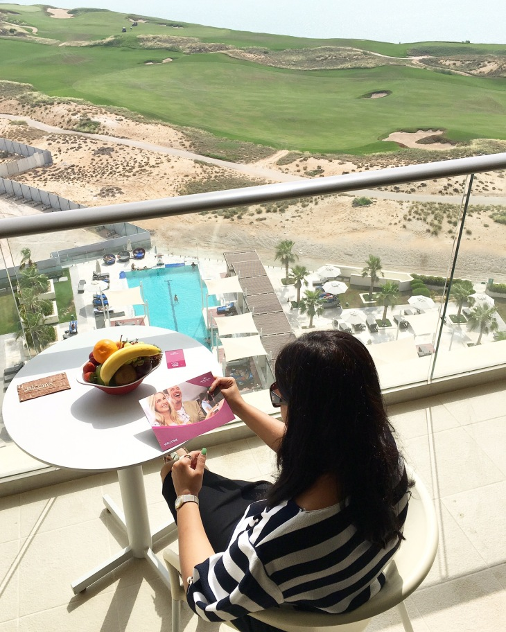 Deluxe room with balcony and sea view at Crowne Plaza Yas Island