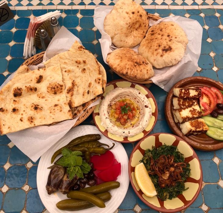 Khan Murjan- The Epitome of Arabic Hospitality – megsblogged com