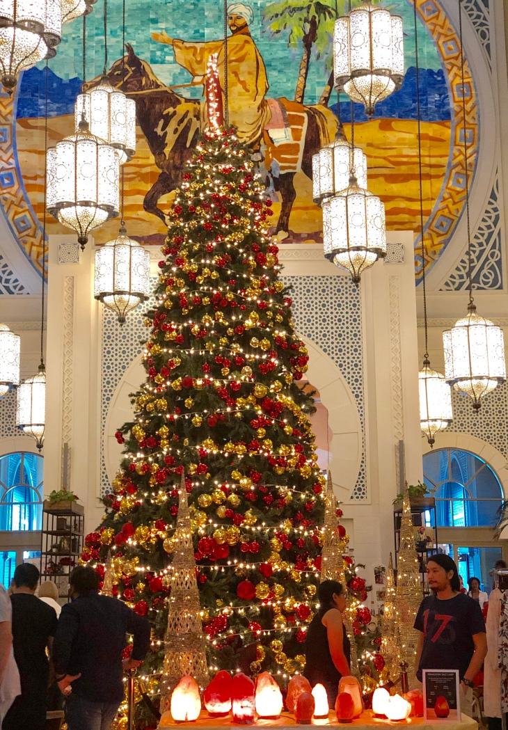Christmas brunch Movenpick Hotel Dubai
