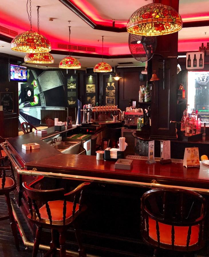 Boston Bar Dubai