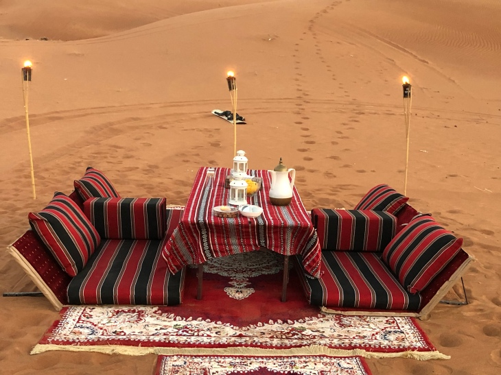 Desert dinner experience in Dubai