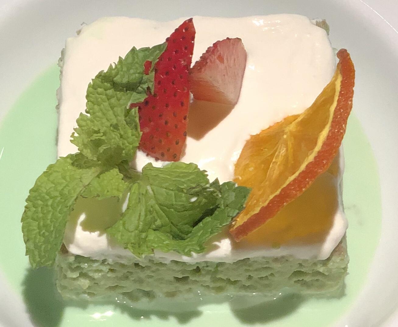 Matcha milk cake