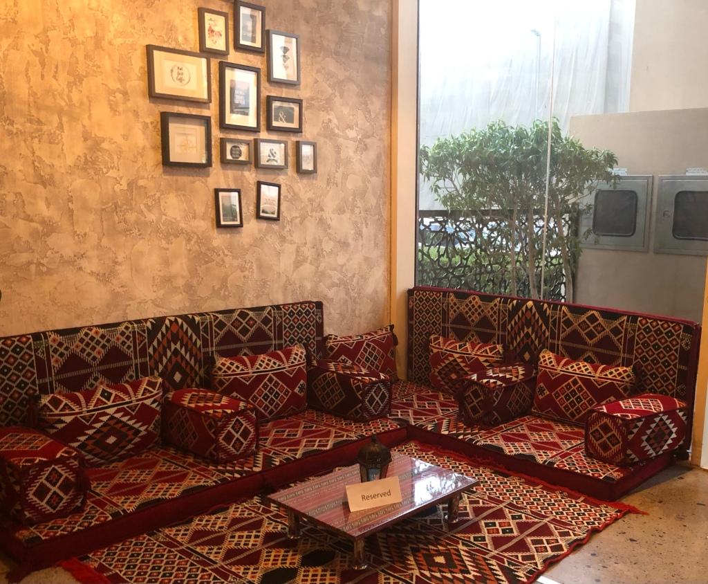 Iftar at Skye and Walker, Marriott Executive Apartments Dubai Creek